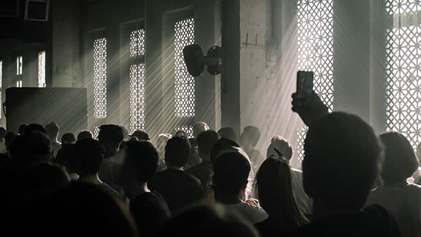 Police Chiefs Warn That Illegal Raves Are A Growing Problem